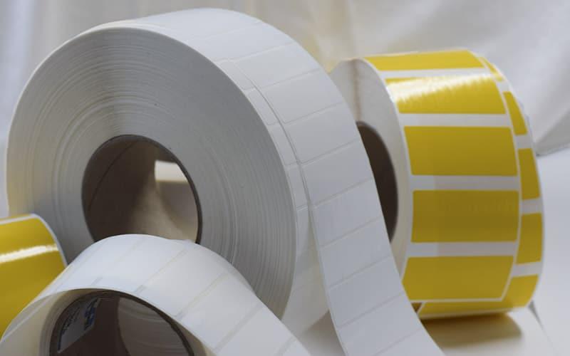 gelbe-weisse-folienetiketten